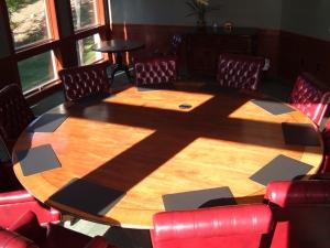 Cross Centered Room - Board Rom